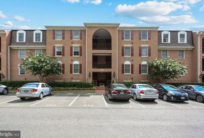 5715 Brewer House Circle T-1 Rockville MD 20852