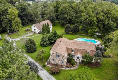 1657 Warpath Road West Chester PA 19382