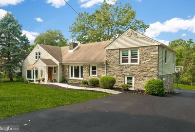 712 Crum Creek Road Broomall PA 19008