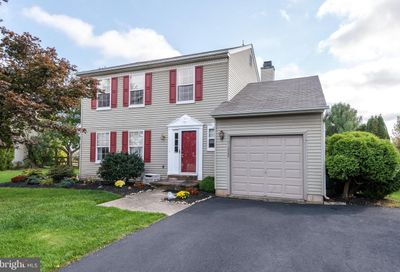 1222 Colonial Drive Quakertown PA 18951