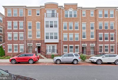 3041 Rittenhouse Circle 75 Fairfax VA 22031
