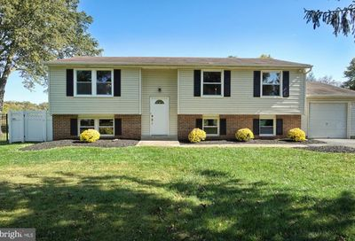 19025 Dowden Circle Poolesville MD 20837