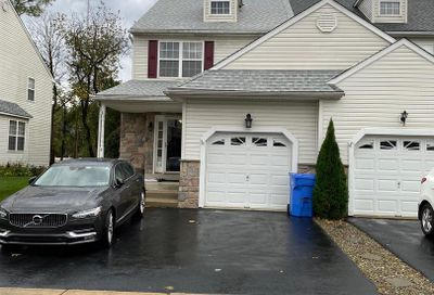 8 Steeplechase Circle Aston PA 19014