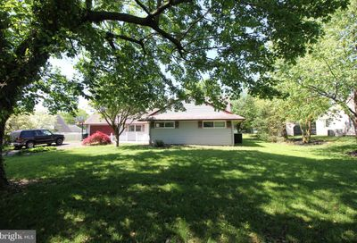 54 Silverbell Road Levittown PA 19056