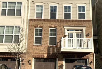 43374 Town Gate Square Chantilly VA 20152