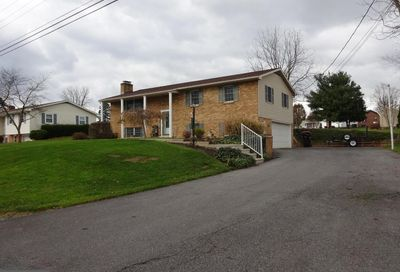 1321 Woodland Parkway Greencastle PA 17225