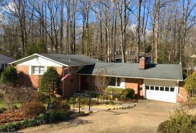 3410 Fiddlers Green Falls Church VA 22044