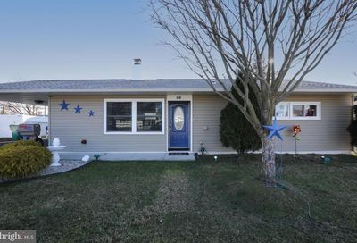 56 Old Brook Road Levittown PA 19057