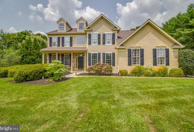 211 Falcon Drive Kennett Square PA 19348