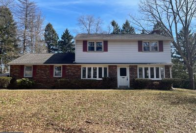 1660 Narcissa Road Blue Bell PA 19422
