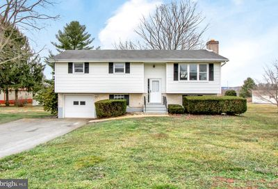 374 Forge Hill Road Wrightsville PA 17368