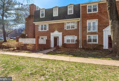 4619 28th Road S Arlington VA 22206