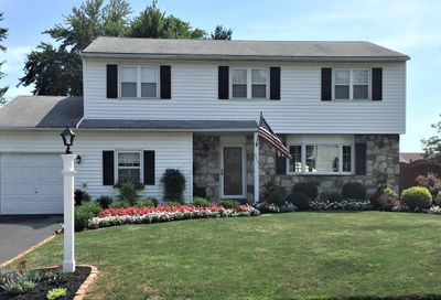 517 Fisher Lane Warminster PA 18974