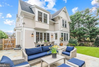 4819 Wellington Drive Chevy Chase MD 20815