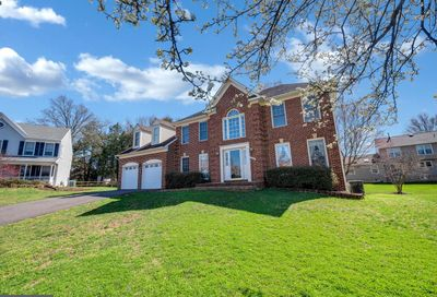 13703 Country Crossing Court Chantilly VA 20151