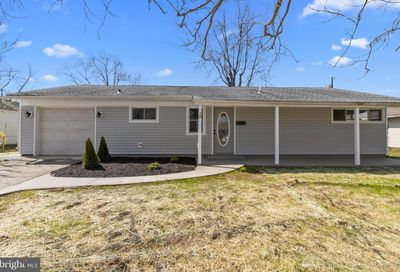 18 Inkberry Road Levittown PA 19057