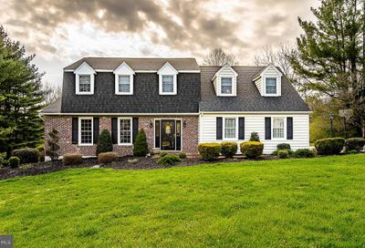 1102 Meadow Glen Drive West Chester PA 19380