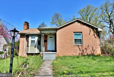 538 E Washington Street Charles Town WV 25414