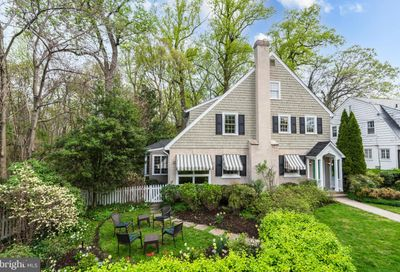 107 Hesketh Street Chevy Chase MD 20815