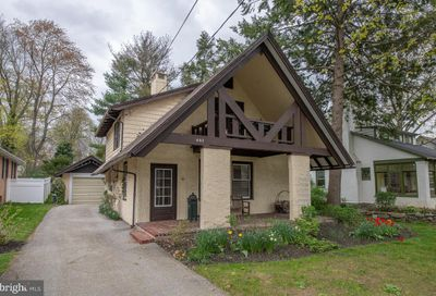 407 Grove Place Narberth PA 19072