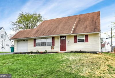 22 Merry Turn Road Levittown PA 19056