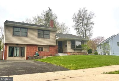 518 Curtis Drive Morrisville PA 19067