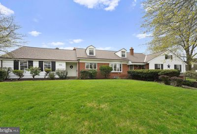 592 Valley View Drive New Holland PA 17557
