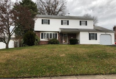 523 Penrose Lane Warminster PA 18974
