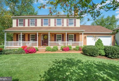 2710 Saint Andrews Way York PA 17404