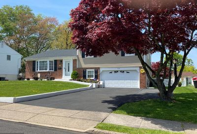 334 Rettop Place Warminster PA 18974