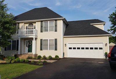 44 Bridle Court Charles Town WV 25414