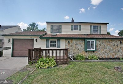 35 Ice Pond Road Levittown PA 19057