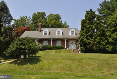 2 Arnold Drive Westminster MD 21157