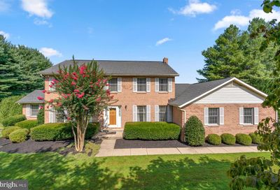 1021 Hawlings Road Brookeville MD 20833