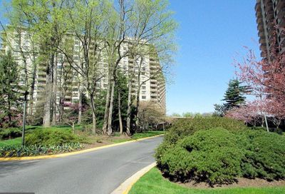 5225 Pooks Hill Road 915s Bethesda MD 20814