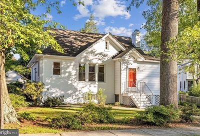 3705 Spring Street Chevy Chase MD 20815