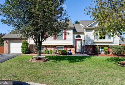 22150 Stablehouse Drive Sterling VA 20164