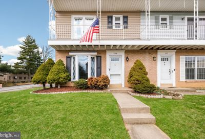 645 W Wiltshire Drive Wallingford PA 19086