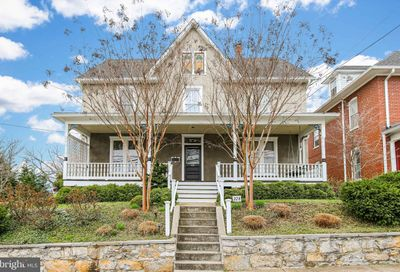 328 Mildred Charles Town WV 25414