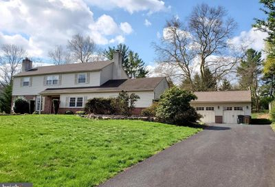 652 Valerie Drive Newtown Square PA 19073