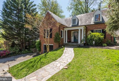 3218 Thornapple Street Chevy Chase MD 20815
