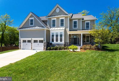 2050 Arch Drive Falls Church VA 22043