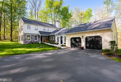2110 Horseshoe Trail Chester Springs PA 19425