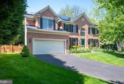 4 Crestleigh Place Lutherville Timonium MD 21093