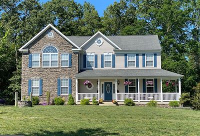 6322 Mairfield Court Hughesville MD 20637