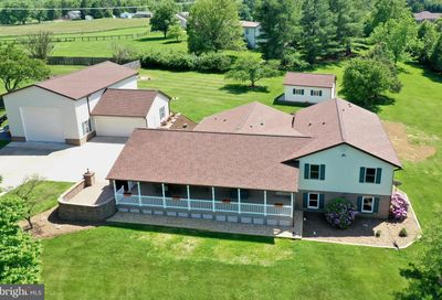 76 Green Valley Drive Charles Town WV 25414