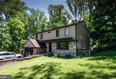 2533 Valley View Drive Huntingdon Valley PA 19006