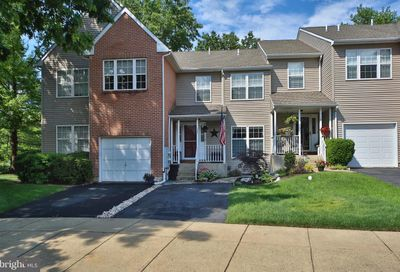180 Queensbury Place Doylestown PA 18901