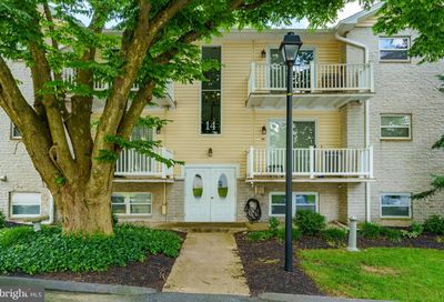 14 Warren Lodge Court 2-B Cockeysville MD 21030