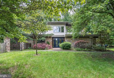 8801 Hawthorne Lane Wyndmoor PA 19038